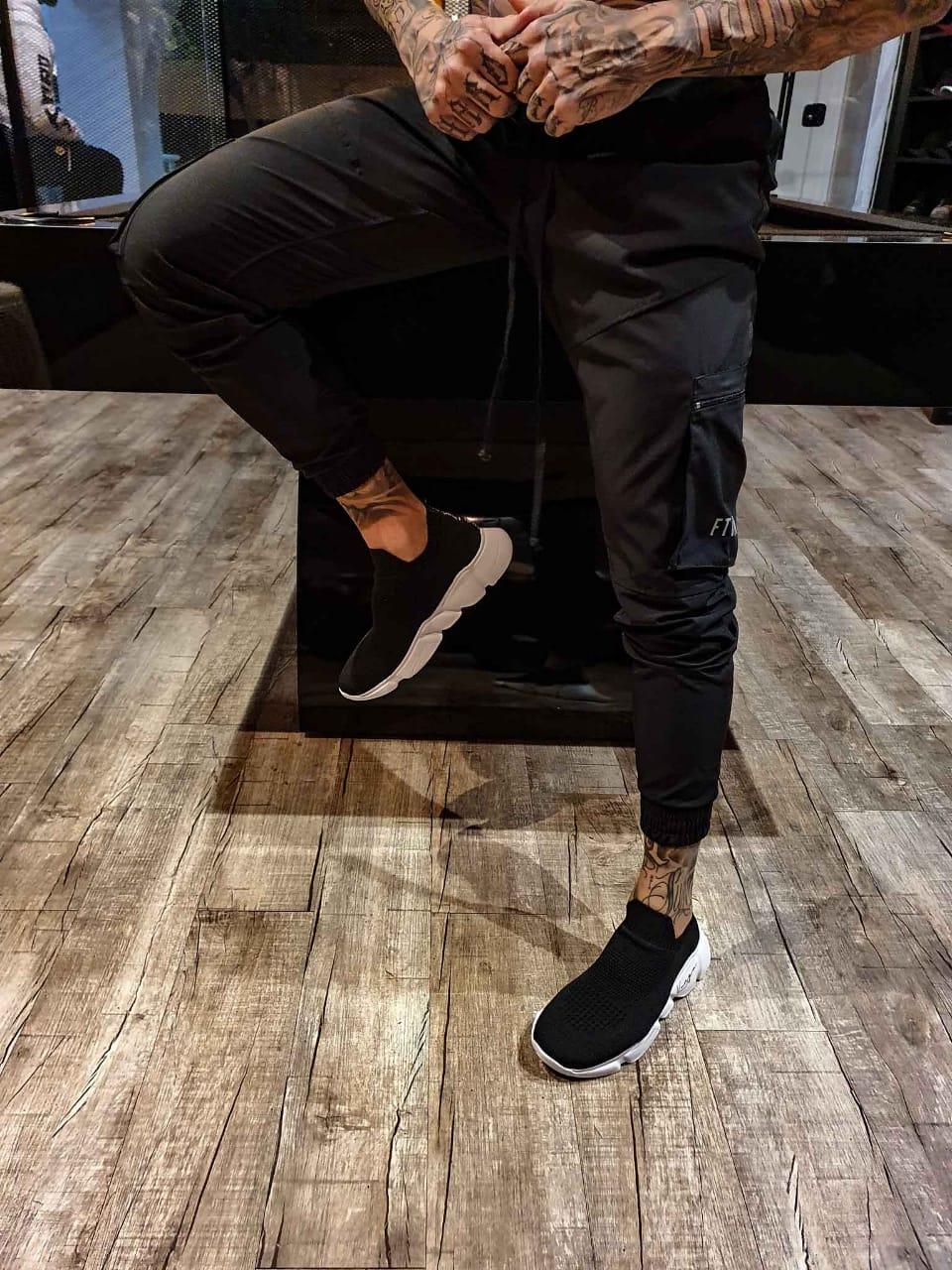Calça Street All black em tactel com elastano