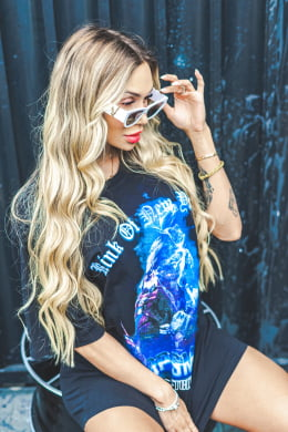CAMISETA FEMININA OVERSIZED POP SMOKE